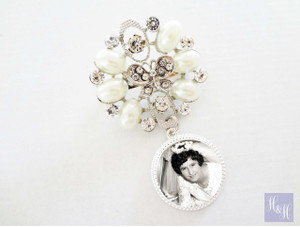 Bouquet Charm/Brooch - DIY Rhinestones & Pearls - Everleigh Design