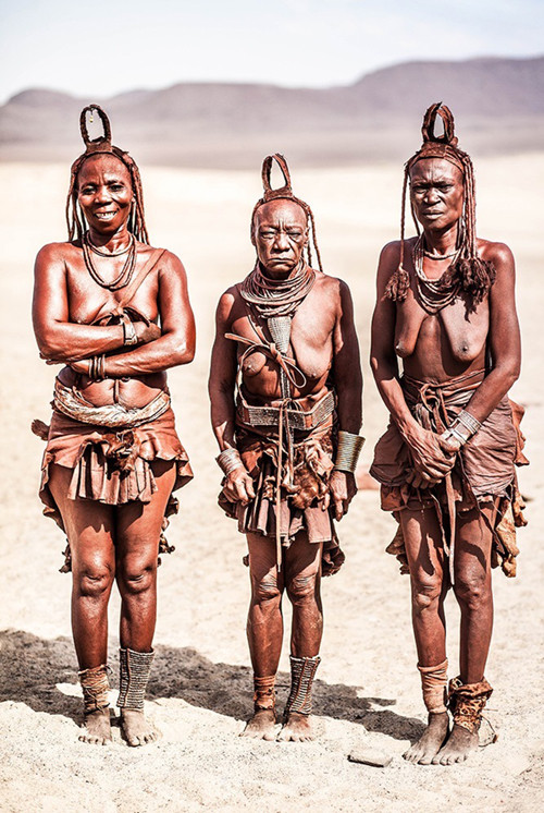 x1https://cdn3.bigcommerce.com/s-b76sgj/products/130/images/2858/_namibiahimbawomenlarge__29400.1508083635.500.750.jpgx2