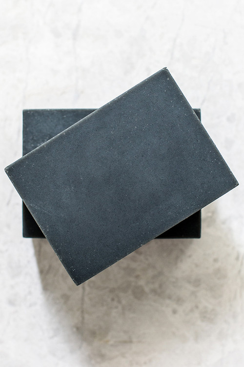 x1https://cdn3.bigcommerce.com/s-b76sgj/products/285/images/1274/KR-wilder04__71797.1477038630.500.750.jpgx2