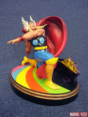 diamond select thor statue