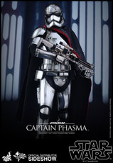 hot toys captain phasma figure