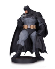 dark knight batman statue andy kubert
