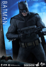 hot toys dawn of justice batman