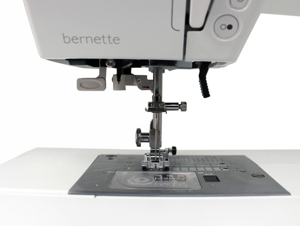 Bernette 38 Swiss Design Computerized Sewing Machine with Bonus Bundle
