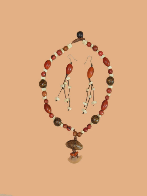Pod Tagua Necklace and Earring Set