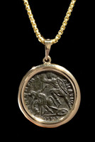 CPR224 - ANCIENT CHRISTIAN ROMAN CONSTANTIUS II COIN 14K GOLD PENDANT OF ROMAN HORSEMAN SPEARING FALLEN SOLDIER
