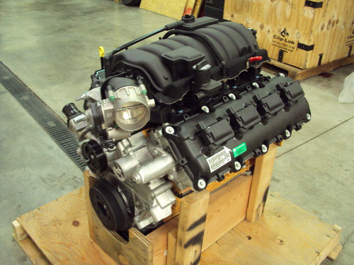 Brand New 2016 Mopar 6.4L Hemi Crate Engine