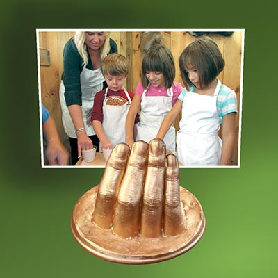 The Finger Casting Kit is a great project for children and a great way to learn about alginate lifecasting.