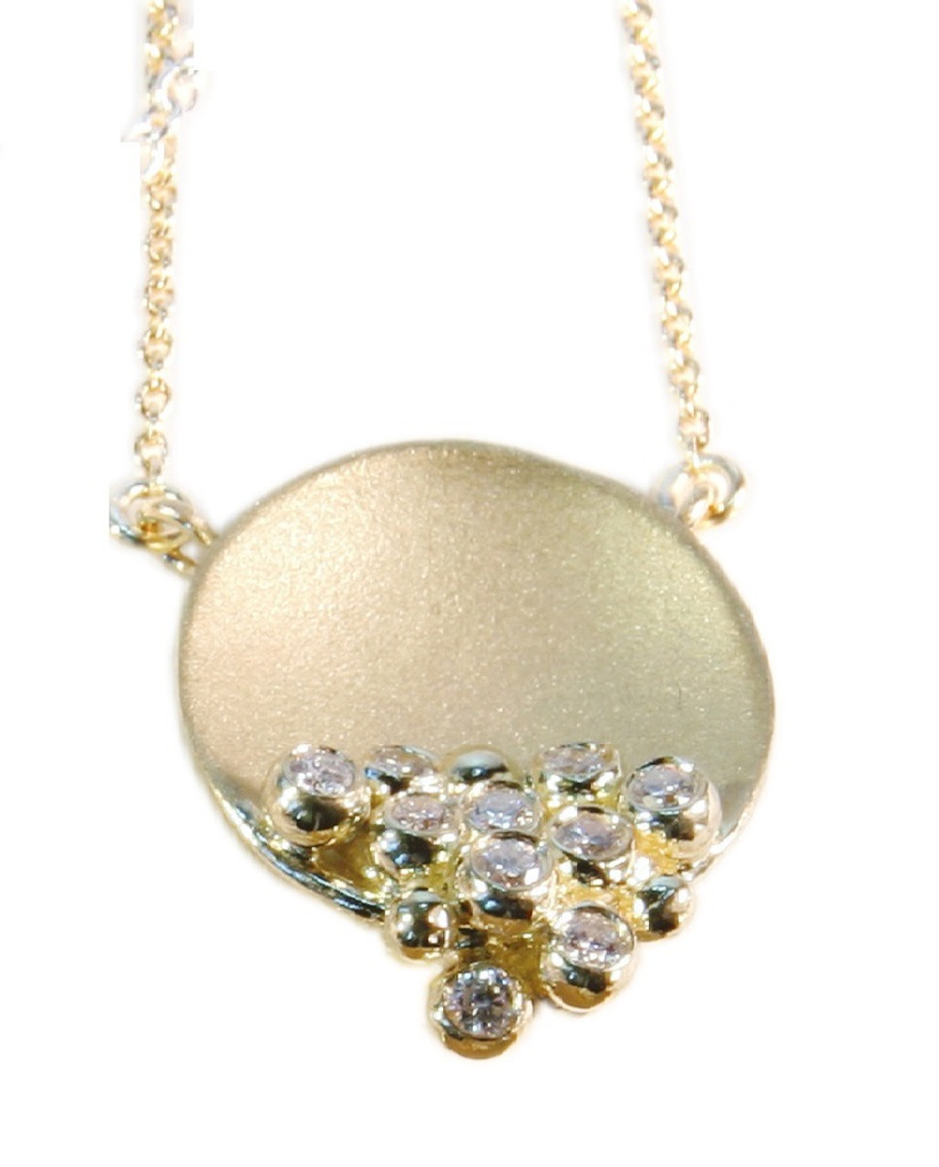 Bowl of Overflowing diamonds.  Necklace in gold and diamonds.