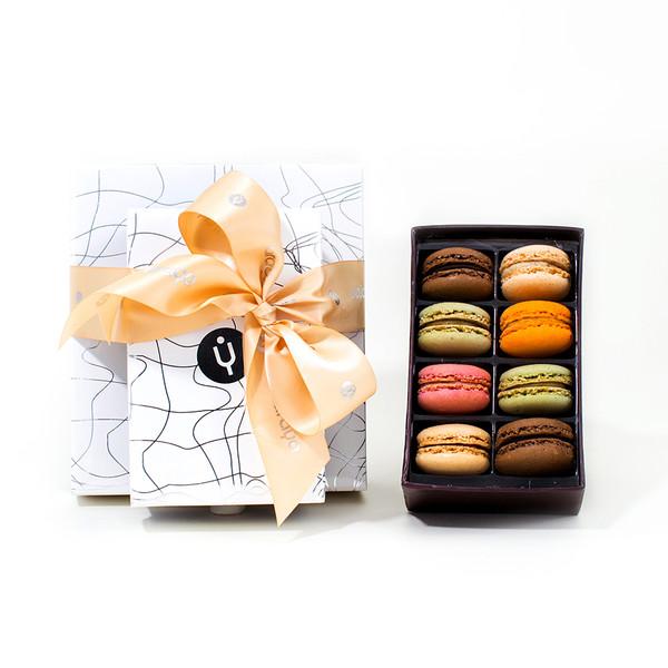 8 French Macaron Gift Box