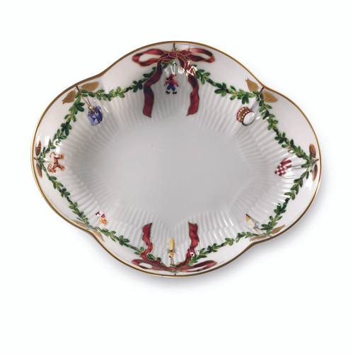 Star Fluted Christmas Oblong Dish, 8.5""