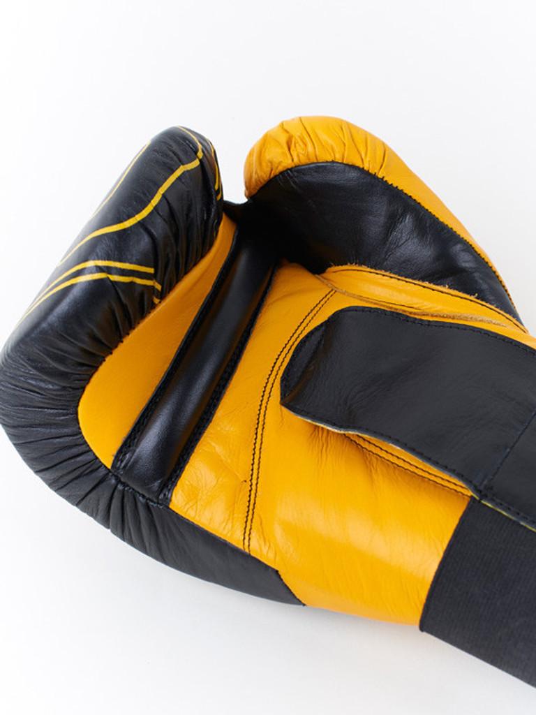 "MANTO ""PRO"" Boxing Training Gloves Black"