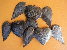 "Hearts with Wings (set of 3)  SM364  6"" X 3"""