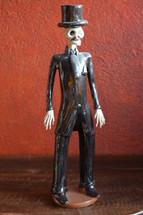 "El Catrin,  Day of the Dead Altar Ceramic Sculpture 4"" X 16"""