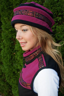 AURORA HAT / (Windblock Fleece) /  Raspberry,  Black,  / Totem-Orange (trim)