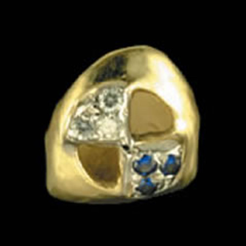Chigrillz Diamond Tooth Grillz Style-0016 One gold tooth cap with BMW emblem