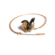 Shi_Kou_Er_Jiong_black_and_gold_plating_rabbit_necklace_handmade