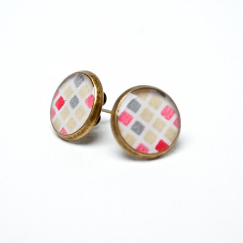 Pink Geometric Pattern Resin Stud Earrings