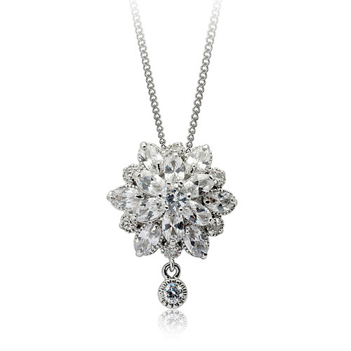 'Amily' Frosty Flower Dimonte Pendant Necklace