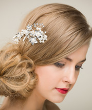 Heirloom of Charm Pearl Side Hair Comb