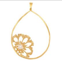 Art Nobile - Gold Plated Flower Necklace