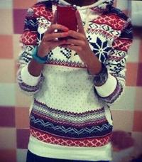 Snowflake Longsleeves Hooded Sweater