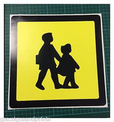150X150MM SCHOOL BUS WARNING STICKER SIGN-TAXI MINIBUS NUSERY  SCHOOL- PRINTED STICKER/ TAXIS / MINIBUS