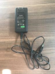 Netbit AC Adaptor R4615 NBS15A050300HU - EE684217