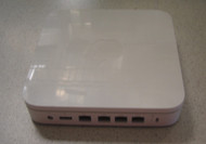 Apple Airport Extreme Base Station Simultaneous Dual-Band MC340LL/A - EE691077