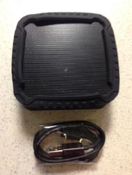 Insignia Portable Bluetooth Speaker Black Wireless NS-CSPBTF1-BK - EE671651