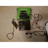 Microsoft 500GB Xbox One Console - ZZ672004