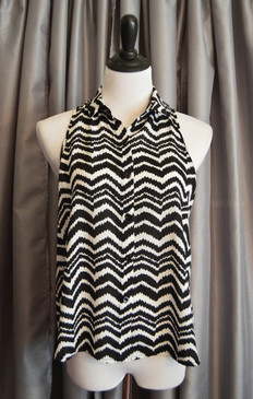 Sleeveless Chevron Print Top