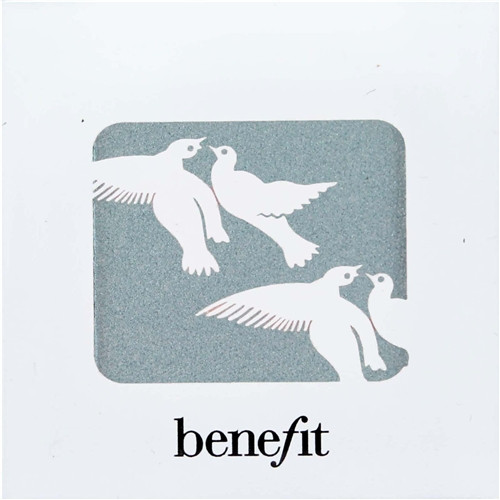 Benefit Velvet Eyeshadow - Snow Job