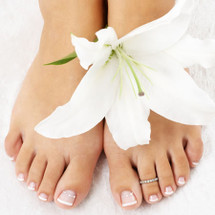 File & Shellac Pedicure - 15 mins