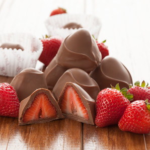 Chocolate­-covered Strawberries ­- 1 lb