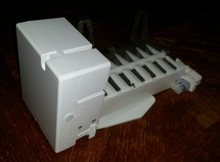General Electric IceMaker  WR30X10014  CAN 15   New Oem