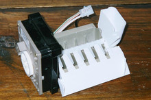 KENMORE ICE MAKER IM # S 106 2212352  NEW OEM