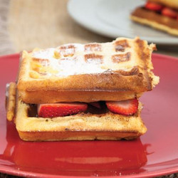 Chocolate Strawberry Waffles Visual Recipe & Comprehension Sheets: 29 Pages