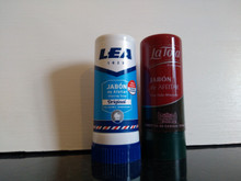 2 shaving soap sticks Lea 50gr and La Toja 50gr