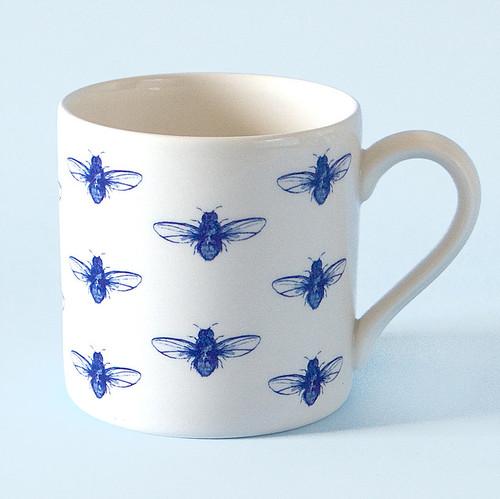 Ceramic bee mug. Made in England.