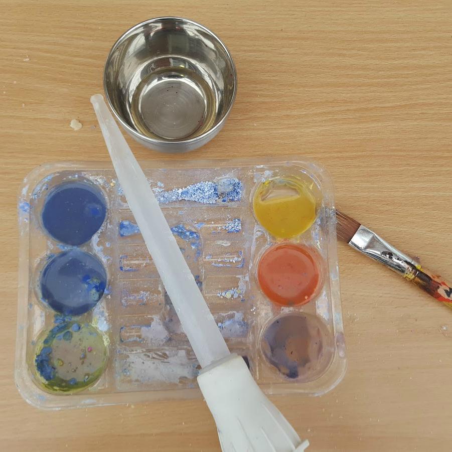 paint-and-brush.jpg