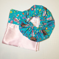 Doc Mcstuffins Hugs Satin Bonnet and Pillowcase Set