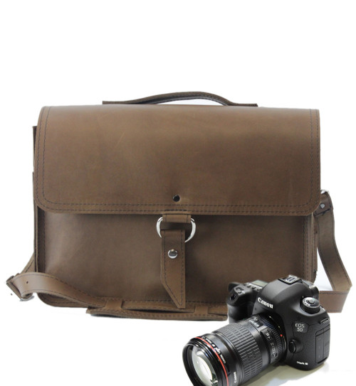 "14"" Medium Brown Midtown Newport Camera Bag in Brown Oil Tanned Leather"