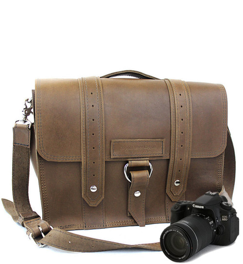 "15"" Large Sonoma Voyager Large Camera Bag in Brown Oil Tanned Leather"