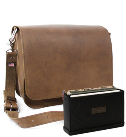 """15"""" Medium Rockport Mission Briefcase in Brown Oil Tanned Leather"""