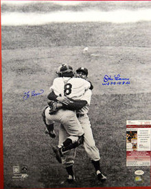 YOGI BERRA DON LARSEN SIGNED NY YANKEES 16X20 HUG PHOTO
