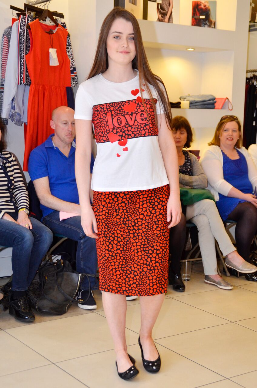 Sportmax Code Nasello Heart T-shirt and Vortice Skirt