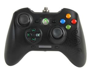 Razer RZ06-00890100-R3U1 Sabertooth Xbox 360 Gaming Controller