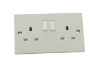 SMJ SMJTW2GSS - Switched Socket 2 Gang 13A Trade Pack