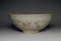 sale: Vintage Japanese Glazed Pottery Bowl in Tokoname Ware